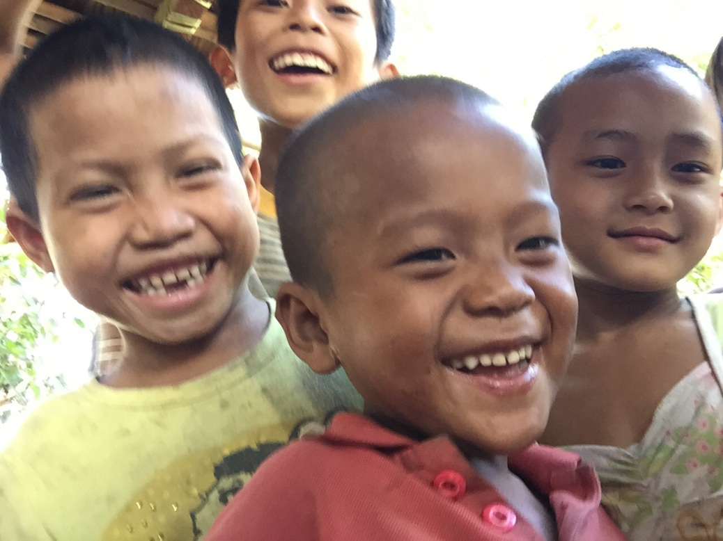 myanmar-mawlamyine-kids